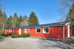 Holiday home Lyngshuse D- 2800