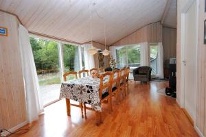 Holiday home Revlingestien F- 3706, Дома для отпуска  Torup Strand - big - 9