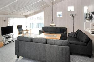 Holiday home Sivbjerg G- 3987, Дома для отпуска  Nørre Lyngvig - big - 11