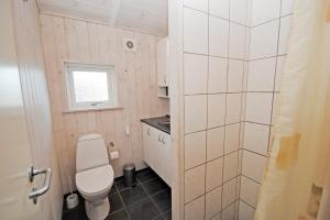 Holiday home Sivbjerg G- 3987, Дома для отпуска  Nørre Lyngvig - big - 4