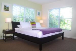 Deluxe Studio with King Bed