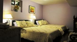 Double Room with Two Double Beds - Downstairs