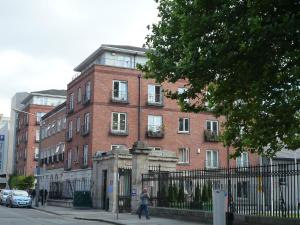 45 Marlborough Court, The Little knjižnica