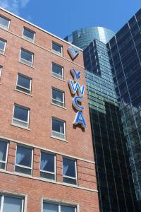 Photo of Hotel Y De Montréal