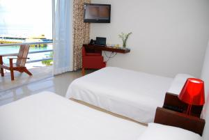 Deluxe Bay view with Double beds