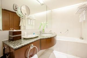 Apartament typu Suite z 1 sypialnią i wstępem do klubu Luxury