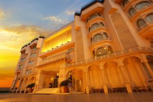 Photo of Golden Tulip Jaipur