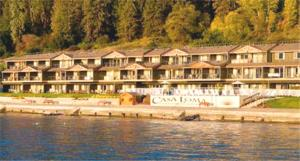 Casa Loma Lakeshore Resort