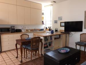 Photo of Amsi Mission Bay One Bedroom Condo (Amsi Sds.Bsl 2845)