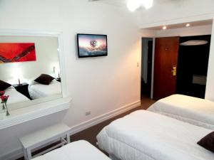 Executive Triple Room
