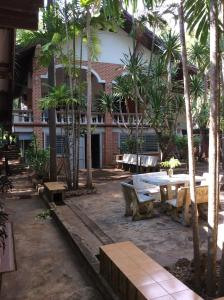 Photo of Sam's Jungle Guesthouse