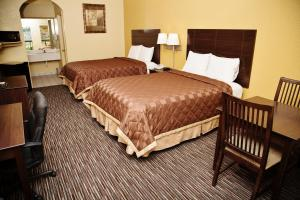 Double Queen Room with Two Queen Beds - Non-Smoking