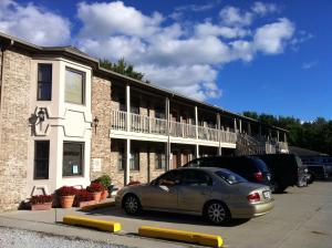 Photo of East Street Inn & Suites