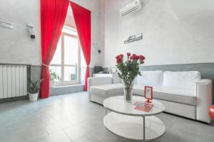 Photo of Suite Apartments Angioini