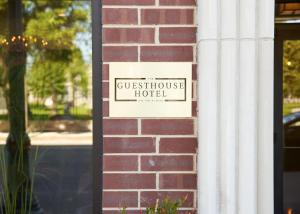 The Guesthouse Hotel (7 of 24)