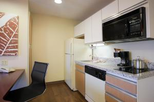 One-Bedroom Suites with Sofa Bed - Disability Access/Non-Smoking