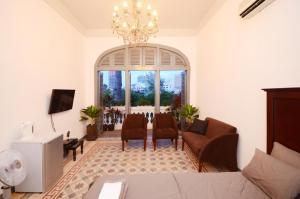 Stylish Saigon Pied-a-terre