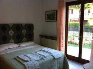 B&B Airport Orio, Bed and Breakfasts  Grassobbio - big - 5