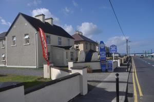 Photo of Strandhill Hostel & Surf School