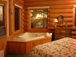 One-Bedroom Log Home
