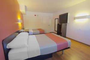 Double Room with Two Double Beds with Roll in Shower - Disability Access