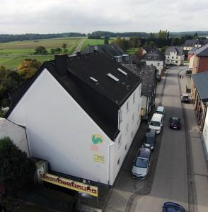 Advance Hotel zum Hahn - Pensionhotel - Hotels