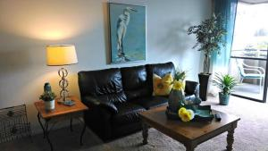 Photo of Amsi Mission Beach Two Bedroom Condo (Amsi Sds.Mission 2965)