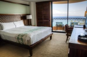 Standard Room with Deluxe Ocean View