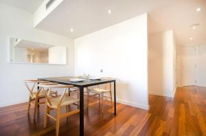 Superior Two-Bedroom Apartment - Paseo de Gracia 16