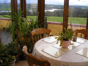 Pembroke Dock B&B - Southgate. in Pembroke Dock, Pembrokeshire, Wales