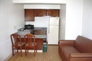King Room with Kitchenette - Smoking