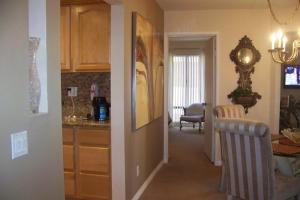 Photo of Amsi Pacific Beach Two Bedroom Condo (Amsi Sds.Ofw 4461)