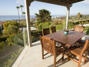 Photo of Amsi La Jolla Five Bedroom House (Amsi Sds.Muir 123)