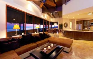 Photo of Rosarito Luxury Penthouse Bobby's By The Sea