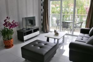 Photo of The Place Pratumnak By Pattaya Rental Apartments