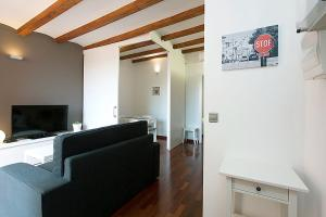 One-Bedroom Apartment - Penthouse - Calle Muntanya 115