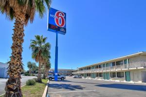 Photo of Motel 6 Nogales