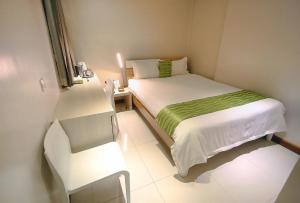 The Suez Serviced Studios Makati, Aparthotels  Manila - big - 3