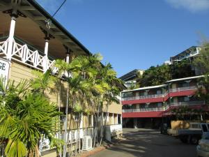 Photo of Yongala Lodge By The Strand