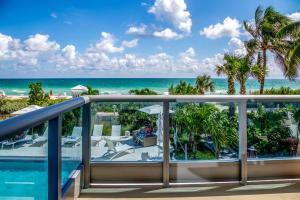 Premier One-Bedroom Apartment with Ocean View
