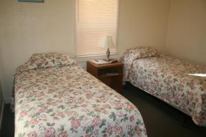 Double Room with Two Single Beds