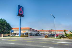 Photo of Motel 6 Eureka