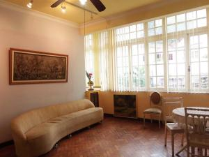 INCREDIBLE 2Bdr APARTMENT COPACABANA V041