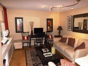 Photo of Amsi Little Italy One Bedroom Condo (Amsi Sds.Poit 417)