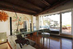 Citiesreference - Pantheon Three Bedroom Apartment