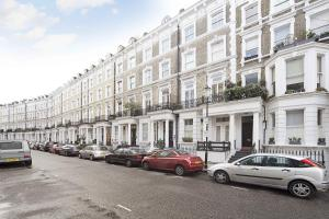Photo of Fg Property   Earls Court, Hogarth Road