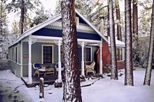 Photo of Down Time By Big Bear Cool Cabins