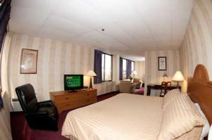 Amsterdam Hotel - Stamford, CT 06902 - Photo Album