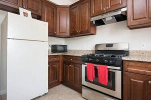 Photo of Two Bedroom Apartment Unit 1
