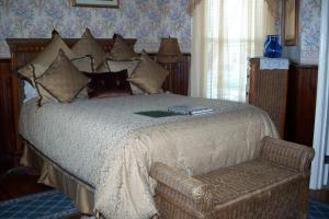 Cape May Queen Room